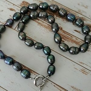 Jewelry - Black Baroque Pearl Necklace